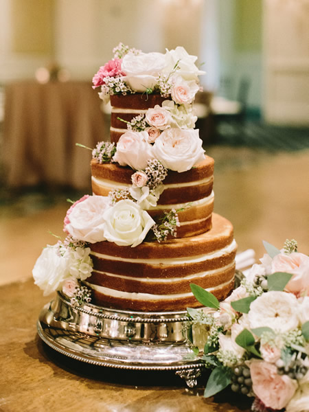 An exposed cake at Sea Island | Amy Arrington Photography